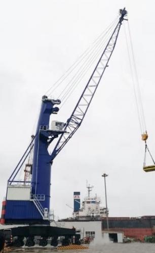 抓斗卸船机的起重参数以及系统效率